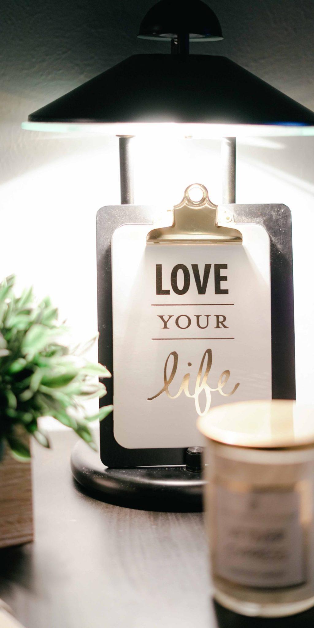 love-your-life-clipboard-decor-811575-scaled-1.jpg